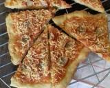 Pizza sosis keju langkah memasak 6 foto