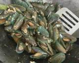 Kerang Hijau Saus Padang langkah memasak 3 foto