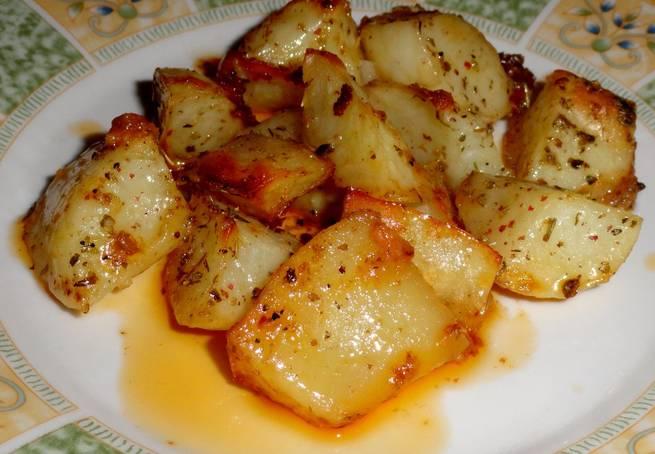 4 Patatas Asadas Con Sobrasada Y Hierbas