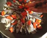 Alici in Tegame con Pomodorini e Caperi langkah memasak 2 foto