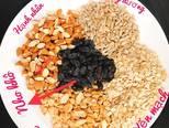 Granola (ngũ cốc yến mạch) bước làm 1 hình